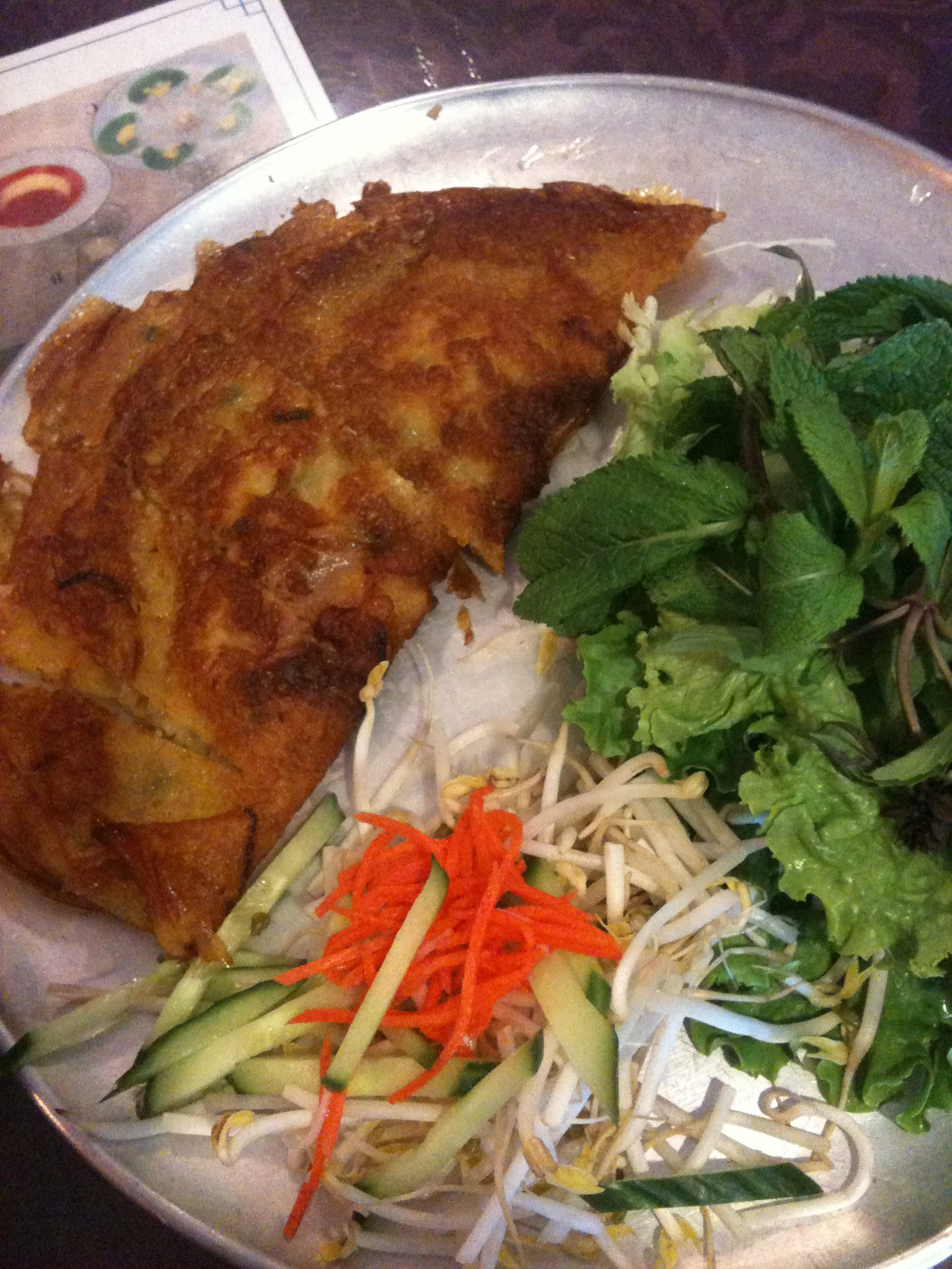 WEEKLY LUNCH PICK: Huong's banh xeo, the addictive golden savoury Vietnamese crêpe