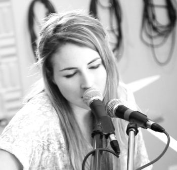 SOUND SEEKERS: Julia Dales at the Black Sheep Inn