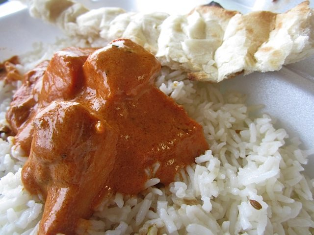 WEEKLY LUNCH PICK: Ishina's Carling Avenue lunch counter offers curry in a hurry