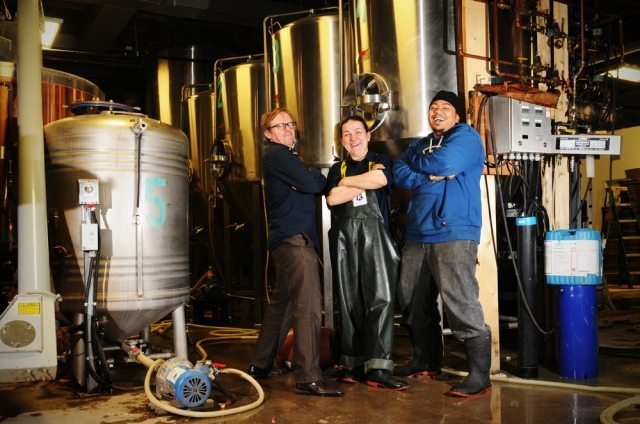 WEB EXCLUSIVE: Kichesippi Brewery, Flatbread Pizza Company team up for Support Local campaign