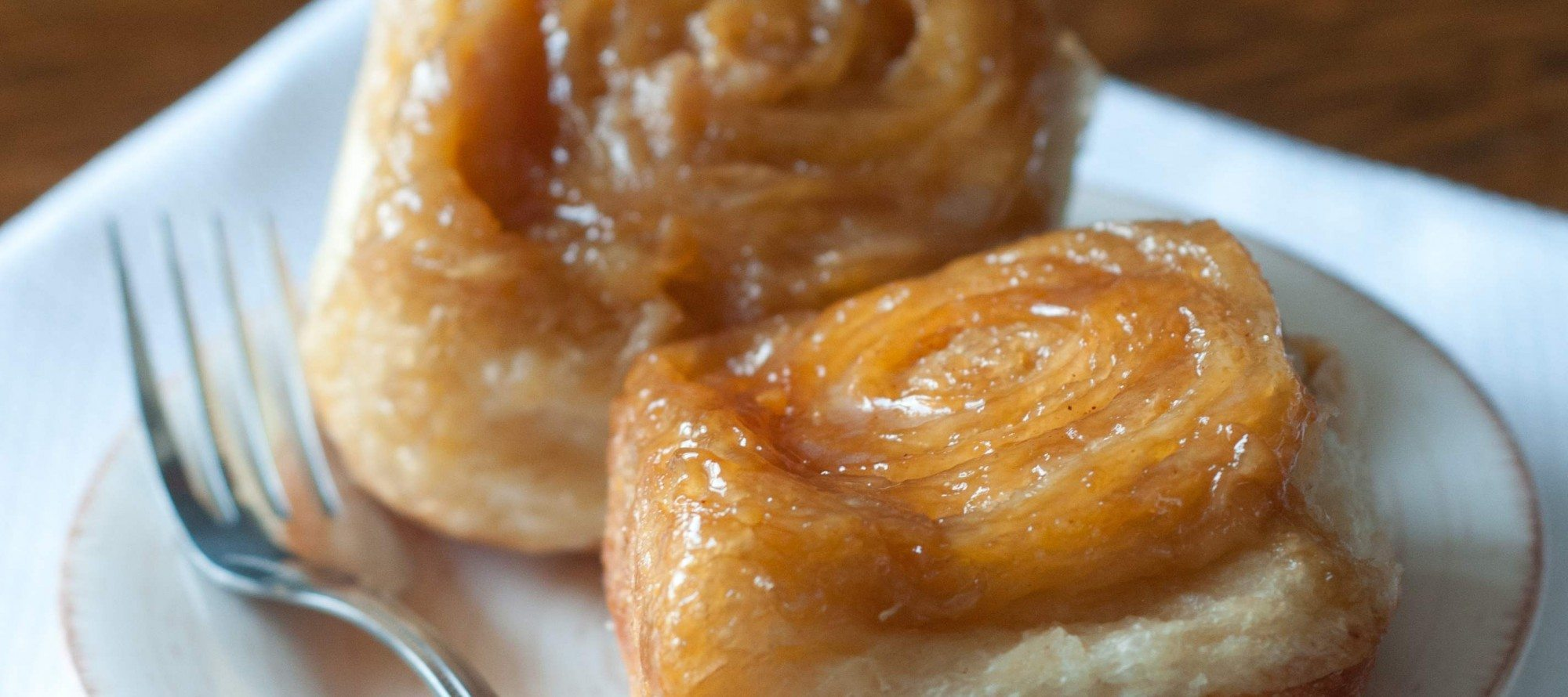 STICKY BUN OF THE DAY! An ethereal caramel creation from 3 Tarts