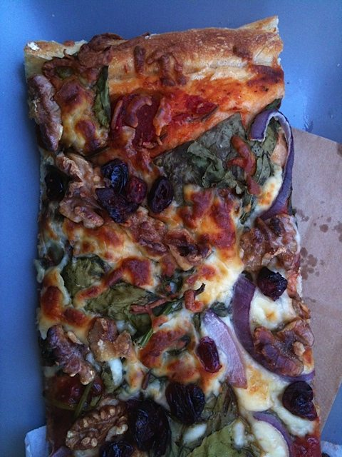 WEEKLY LUNCH PICK: Back to Aylmer for the veggie-loaded pizzas at Boulangerie Aux Deux Frères