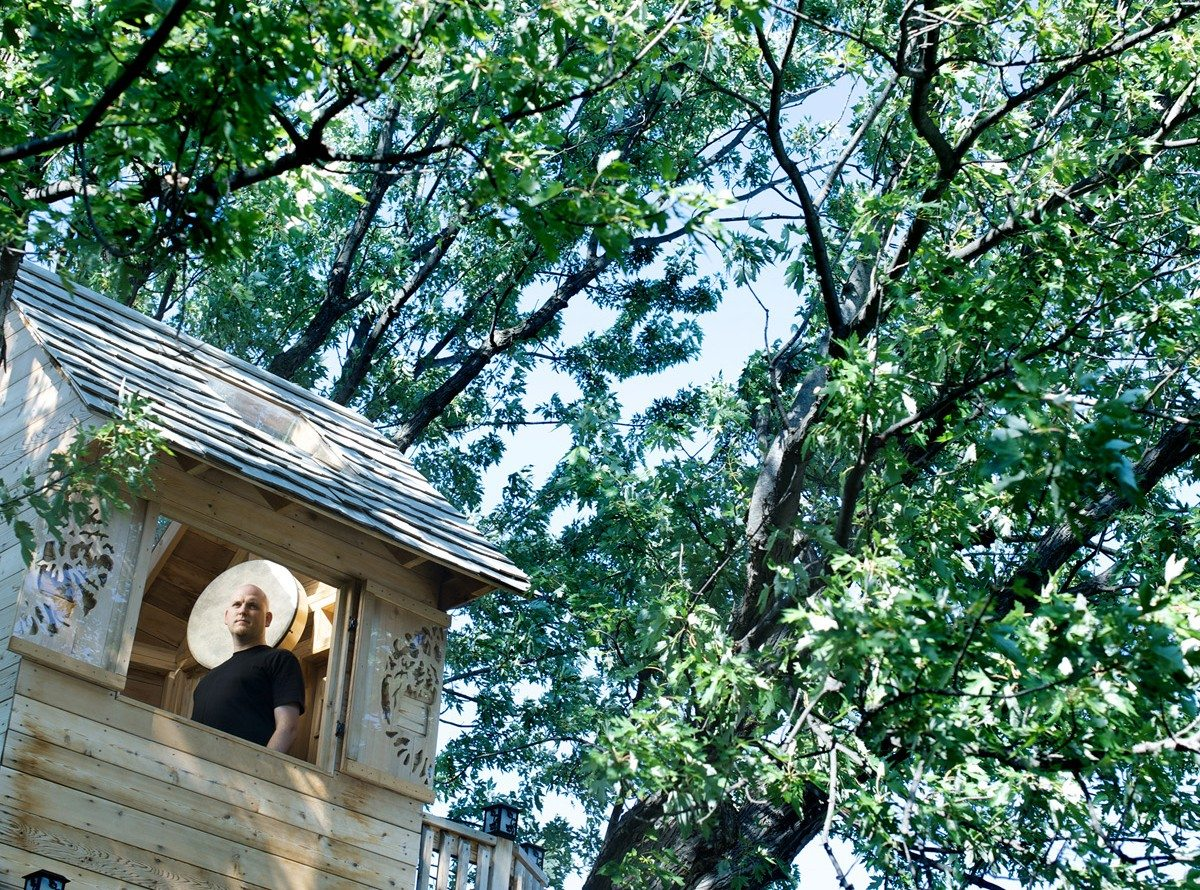 SOUND SEEKERS: Music among the trees — local musician hosts concerts in a treehouse for charity
