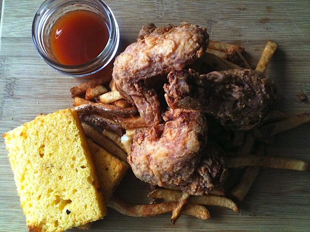 WEEKLY LUNCH PICK: Southern-style fried chicken at Brut Cantina Sociale, Hull's hot new spot for Quebecois soul food