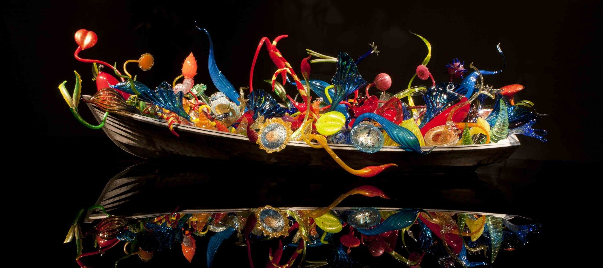 ROAD TRIP! Liberace would have loved this exhibition of Dale Chihuly glass sculptures