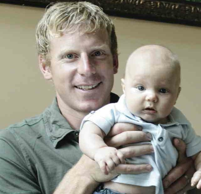 COUNTDOWN TO THE RETURN OF ALFIE (Dec. 1): 11 essays on #11 (essay #10 — Daniel Alfredsson as celebrity dad)