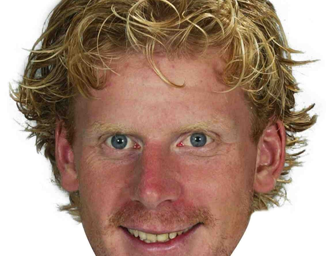 THE ALFIE FILES: 11 essays on #11 (#2 — Daniel Alfredsson as hair)