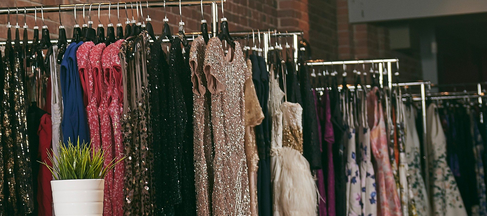 Rent Frock Repeat — Dress-rental company gives tips for perfect Holiday gala look