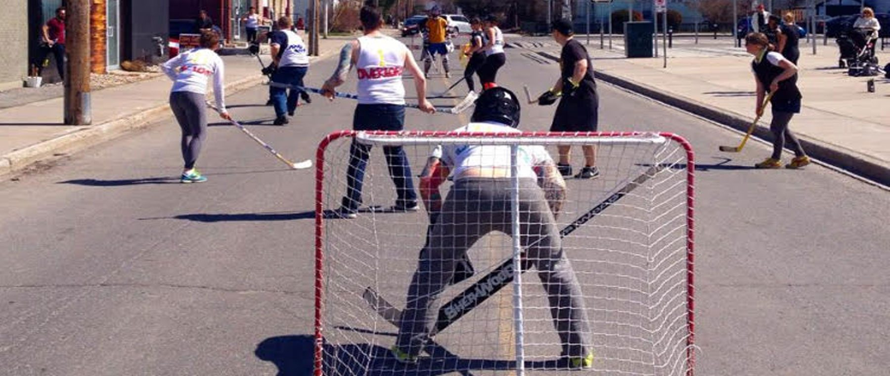 City Bites Hot Tip — Lace up! Road hockey season begins with a tourney