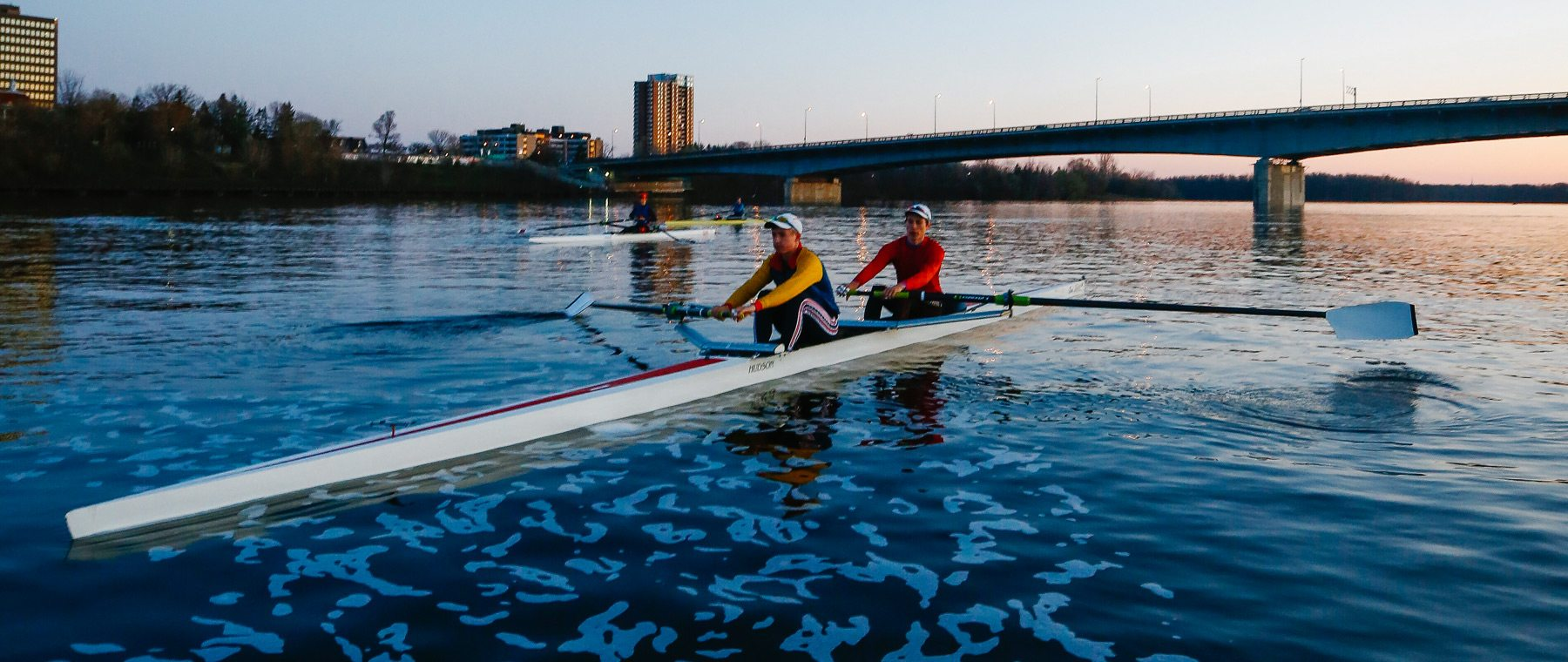 The Ottawa Rowing Club leaves the competition in its wake