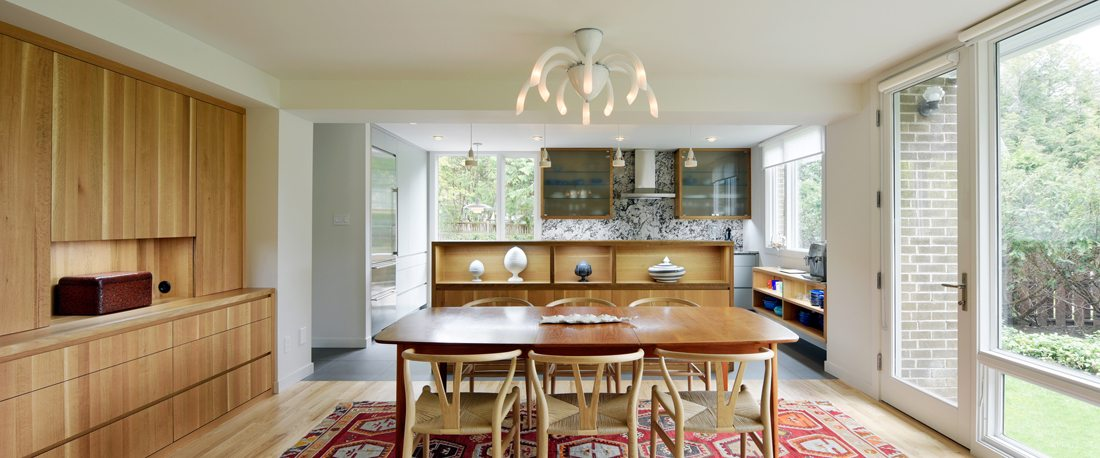 A Mid-Century Modern Gem in Rockcliffe Gets a Makeover