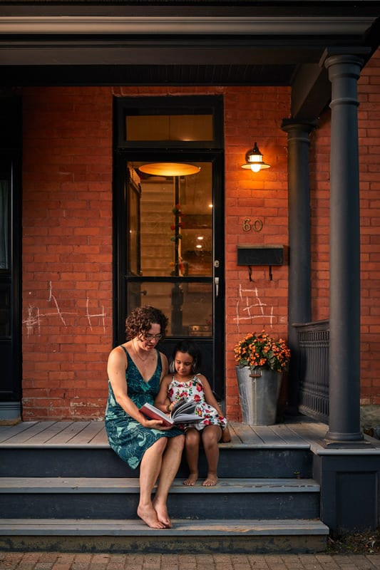 Holly Wagg and her seven-year-old daughter Addison. Photo: Justin Van Leeuwen