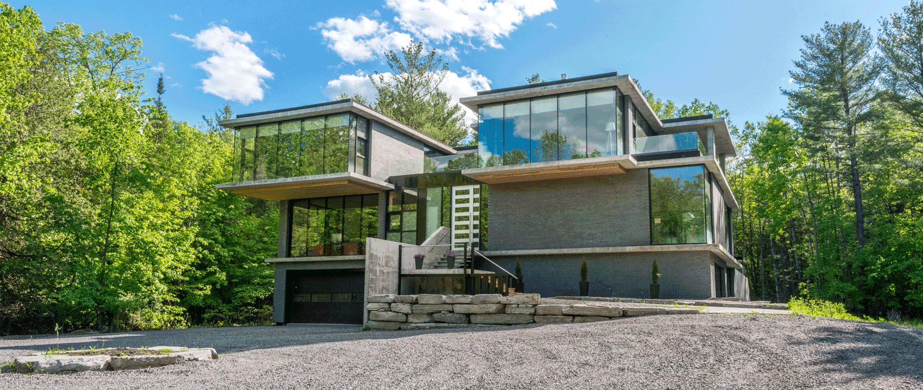 House of the Week: $3.2 million for a modern mansion in Dunrobin